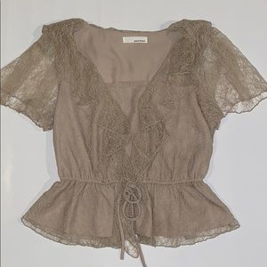 June & Hudson Romantic Taupe Lace Top Size S